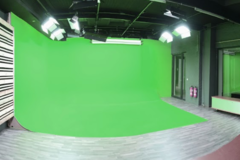 Photo & Greenkey studio in Antwerp with Studio lights,  Green screen / blue screen and Softboxes