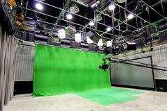 Plató For Tv And Comercials | Greenscreen in Barcelona with Stereo system ,  Dressing room and Shower