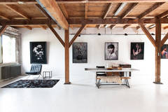 Beautiful & Spacious Studio in Amsterdam with Blackout / total black,  Stereo system  and Furniture