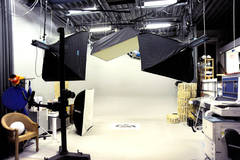 Multimedia Studio in Other-in-nl with Blackout / total black,  Infinity wall and Softboxes