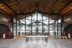 Hangar | Industrial location in Milan with Backgrounds,  Furniture and Make-up area