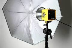 Photo Studio Rental $55 p/h fully equipped  in New-york with Blackout / total black,  Backgrounds and Softboxes