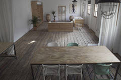BCN locations | Loft | Luz natural in Barcelona with Studio lights,  Studio assistant / crew and Daylight / total white