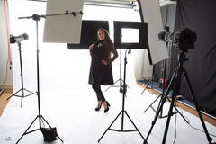 Photo studio Leidschendam in Other-in-nl with Blackout / total black,  Backgrounds and Softboxes