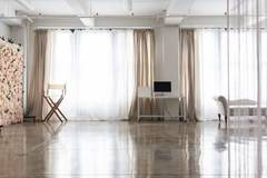 Elegant Luxurious Chelsea Studio...minutes from midtown  in New-york with Furniture,  Make-up area  and Clothes rail
