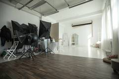 Fully Equipped photo studio in Tallinn with Studio lights,  Daylight / total white and Backgrounds