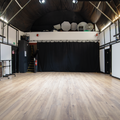 Photography and Design studio in London with Studio assistant / crew,  Daylight / total white and Blackout / total black