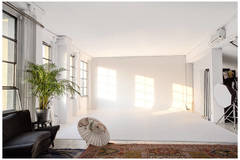 Studio, Loft, Location for rent Milano in Milan with Studio lights,  Daylight / total white and Blackout / total black