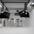 Noleggio studio fotografico con limbo e chromakey in Milan with Blackout / total black,  Infinity wall and Green screen / blue screen