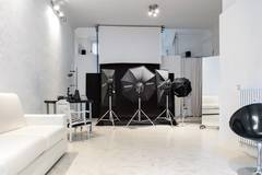 Studio fotografico in centro Milano! in Milan with Softboxes ,  Tabletop  and Furniture